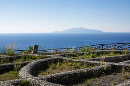 Damecuta: Roman villa ruins overlooking the sea