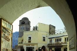 Come godersi la piazzetta di Capri