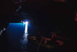 """Strategia"" per godere la Grotta Azzurra"