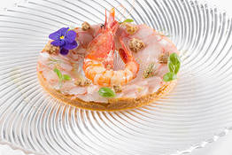 Cooked and Raw king Prawns