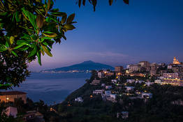 Where to Go Dancing in Sorrento