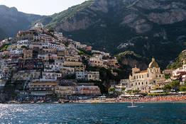 Um tour de barco de Capri até a Costa Amalfitana