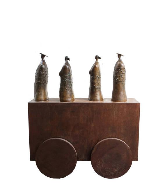 Carro con Quattro Busti