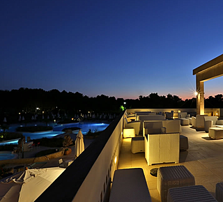 Damiano's Club Lounge