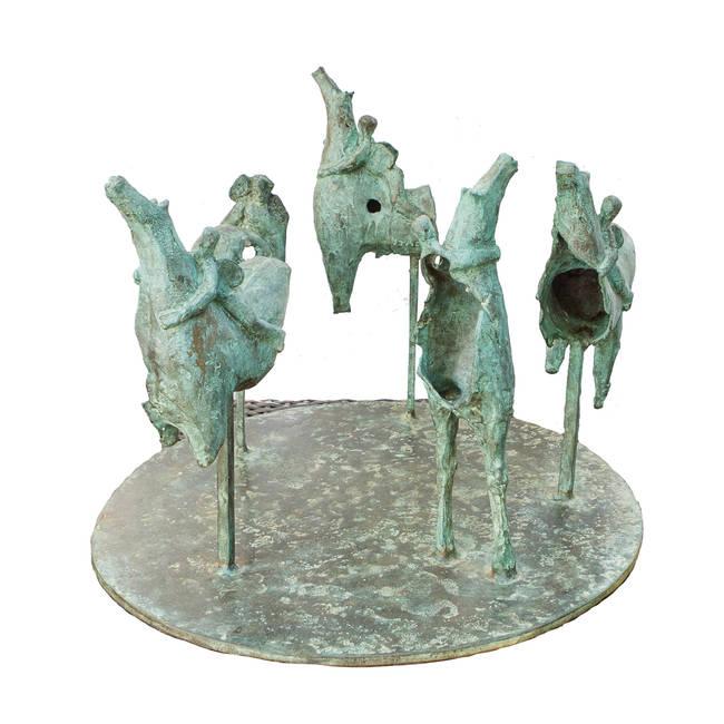 Girotondo di cinque cavalli con angeli