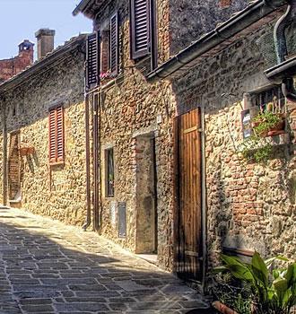 Locanda dell'Amorosa - Itinerary: Wandering around L'Amorosa