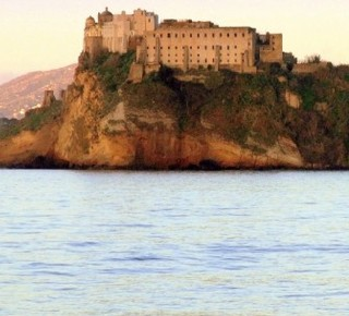 Castello D'Avalos Hotel