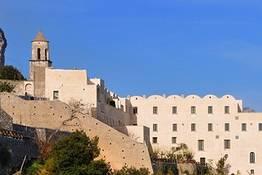 Il Monastero Santa Rosa, quello della sfogliatella