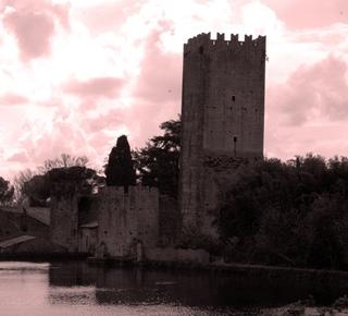 The Garden of Ninfa and the Castle of Sermoneta Hotel