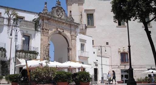 Puglia, due sfumature di bianco