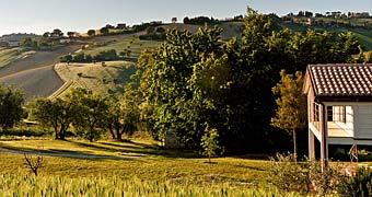 Santomaro Country Loft Morrovalle Hotel