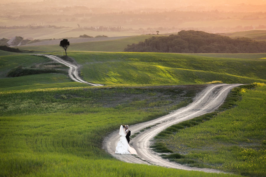 Matrimonio Civile Spiaggia Toscana : Matrimonio in toscana experience by italytraveller