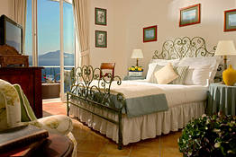 Deluxe Sea View Cliff Side