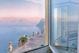 Junior Suite Sea View Cliff Side
