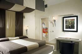 Suite WARHOL con Piscina