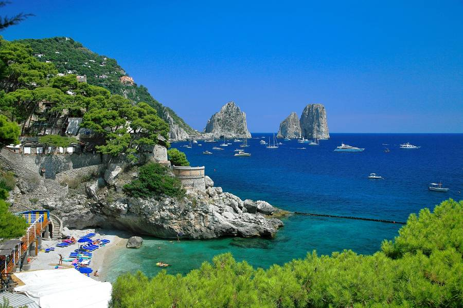 Restaurant Torre Saracena On Capri Fish On The Beach