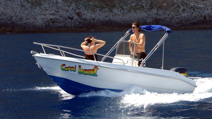 Capri Boat - Banana Sport Excurs�es mar�timas Capri