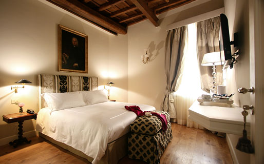 Crossing Condotti Roma Hotel
