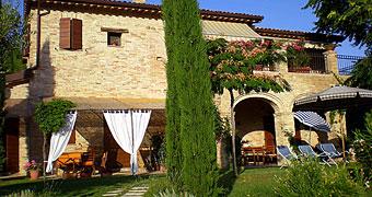Fiorano Cossignano Monti Sibillini hotels