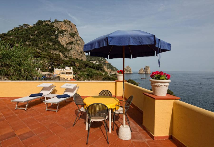 Hotel ambassador weber capri and 24 handpicked hotels in for Hotel ambassador