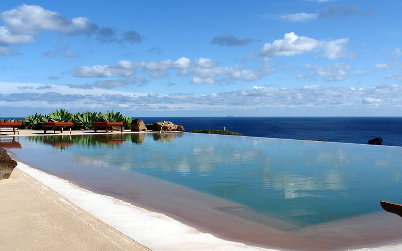 Pantelleria hotels images italy photo gallery - Hotels in catania with swimming pool ...