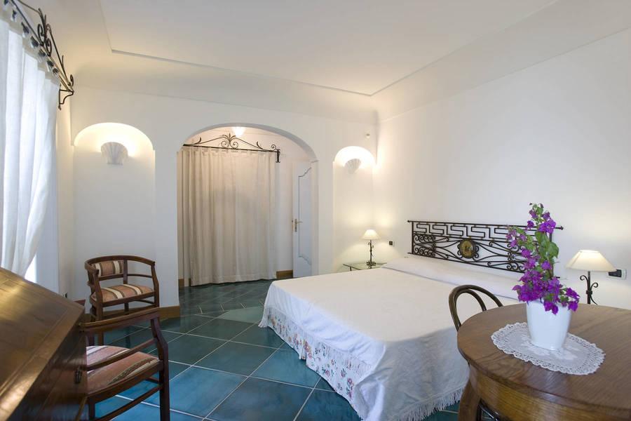 Villa lighea art boutique hotel positano for Art boutique hotel