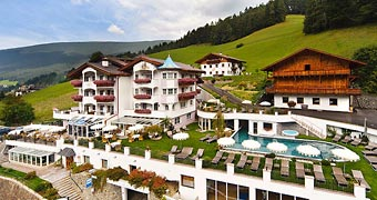 Alpin Garden Wellness Resort Ortisei Dolomiti hotels