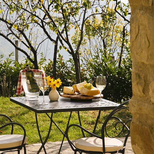 Carpiano Italy  City new picture : Borgo di Carpiano Gubbio and 47 handpicked hotels in the area