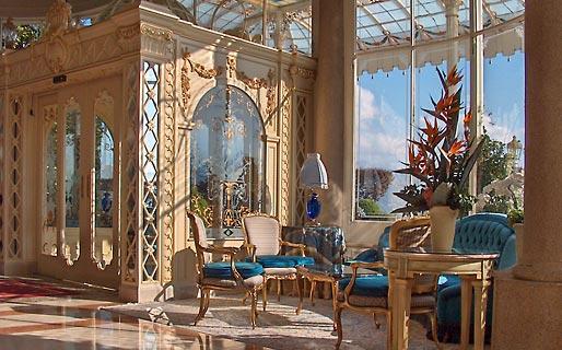 Grand hotel des iles borromees stresa and 27 handpicked for Designhotel lago maggiore