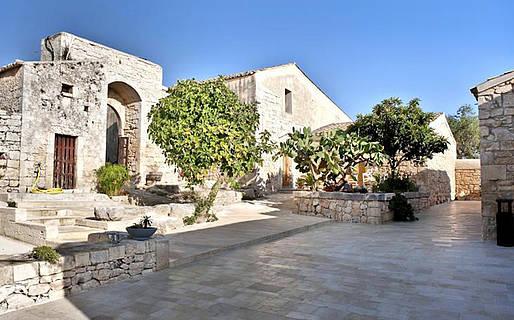 Borgo Alveria Farmhouse Holidays Noto