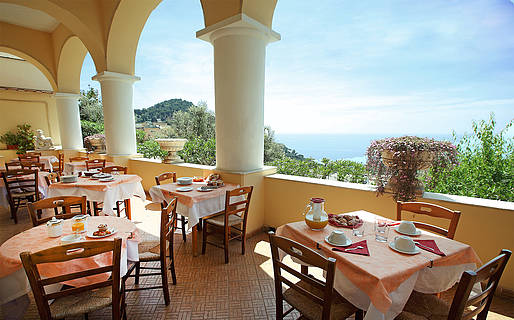 Esperia Hotel 3 estrelas Capri