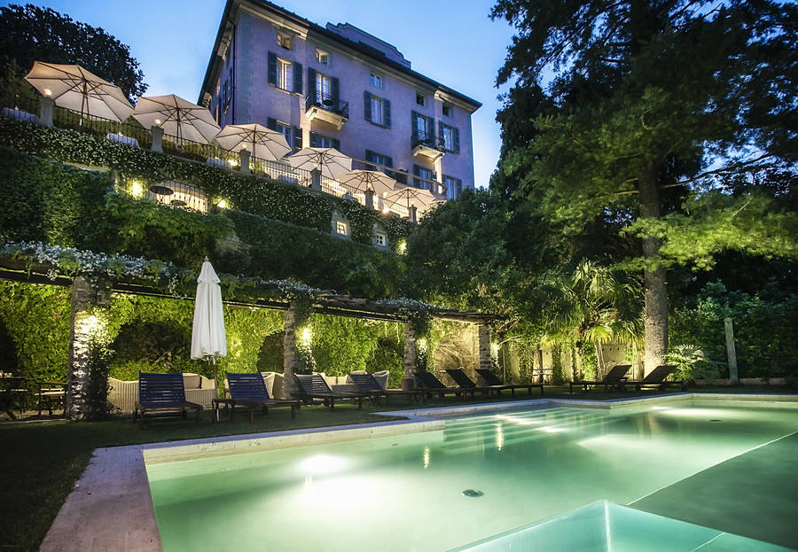 Relais villa vittoria laglio and 27 handpicked hotels in for Villa vittoria