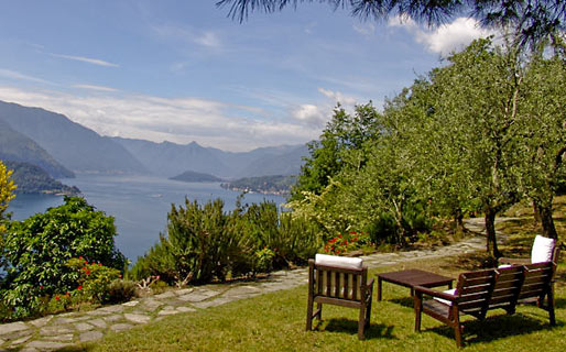 Castello di Vezio Farmhouse Holidays Varenna