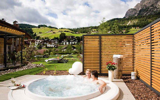 Boutique hotel nives selva di val gardena and 37 for Small boutique hotels