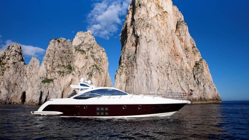 Absolute Yacht Charters Escursioni in mare Capri