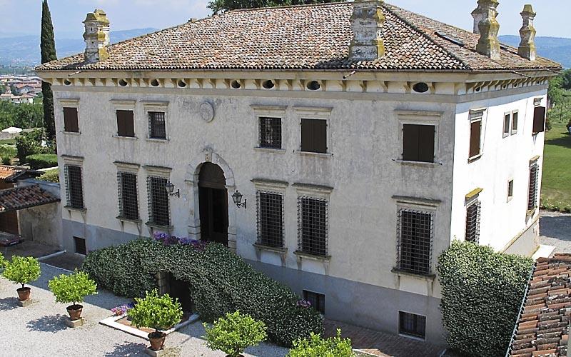 Relais villa sagramoso sacchetti verona and 37 - Hotels in verona with swimming pool ...