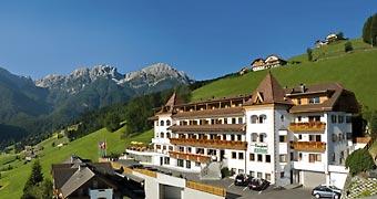 Berghotel Zirm Valdaora Bressanone hotels