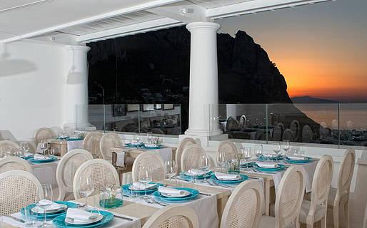 Mamm� Restaurants Capri