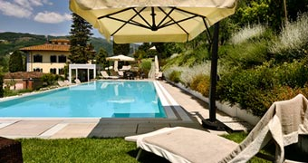 Villa Parri Pistoia Prato hotels