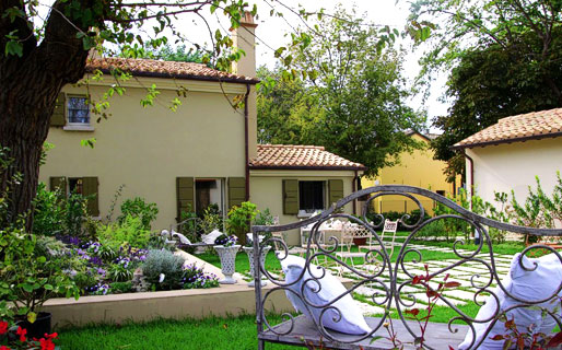 Casina Le Conserve Bed & Breakfast Cesenatico