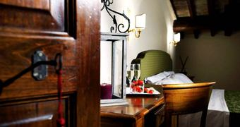 Il Postiglione - Antica Posta dei Chigi Campagnano di Roma Hotel
