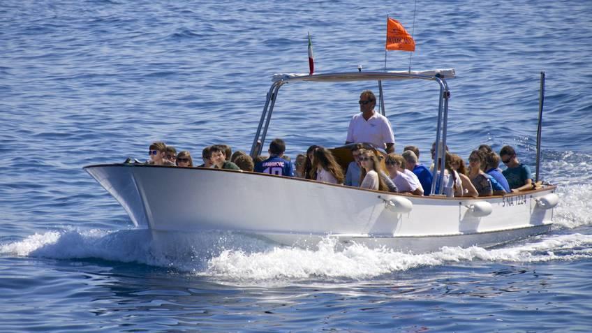Motoscafisti di Capri Excursions by sea Capri