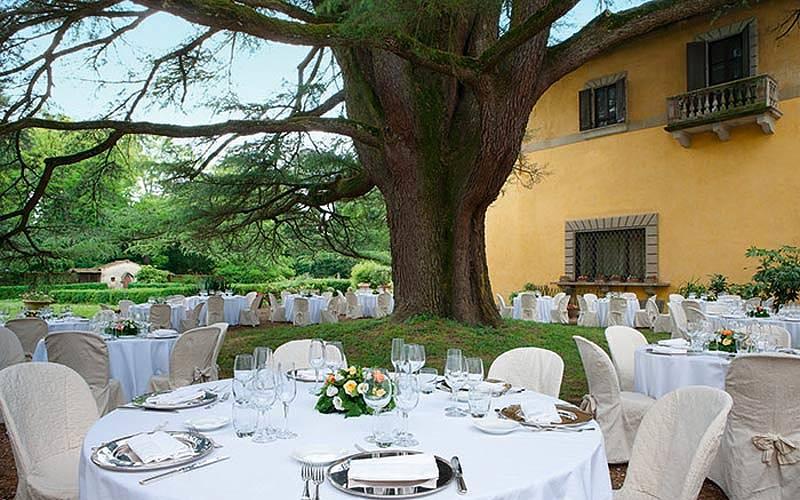 Molto Monsignor della Casa | Hotel Borgo San Lorenzo RA95