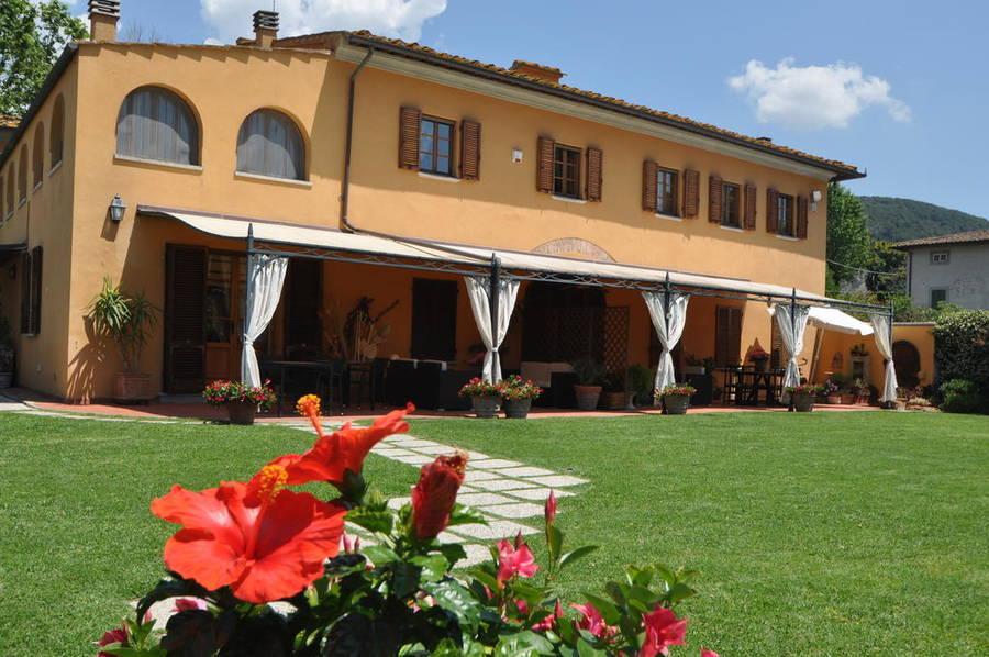 Il giardino della pieve hotel cascina - Hotel il giardino siena ...