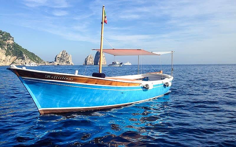 Capri Blue Boats On Capri Explore The Most Beautiful Coastline On The Island Of Capri Aboard A