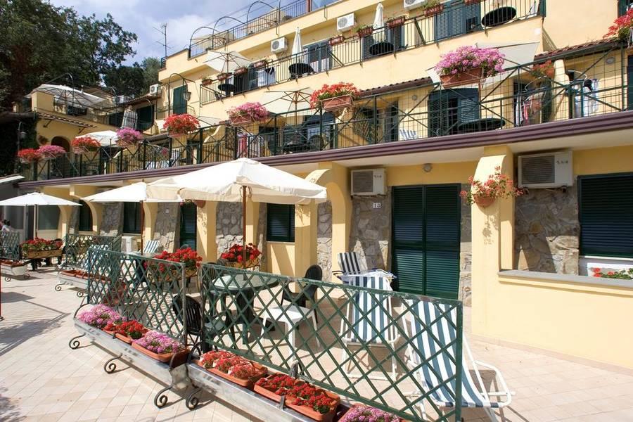 Emejing Hotel Le Terrazze Alassio Pictures - Idee Arredamento Casa ...