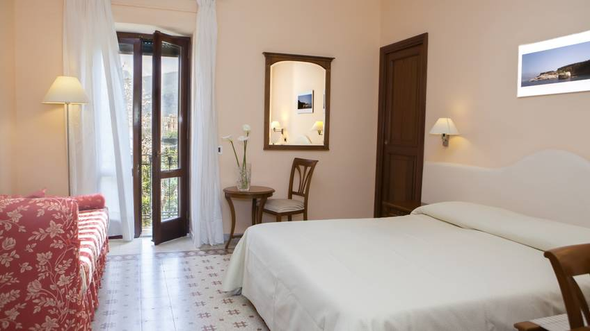 Il Roseto B&B and Homes Sorrento
