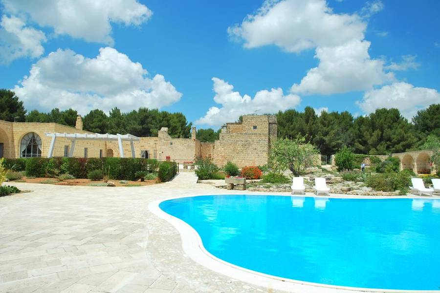 Masseria relais santa teresa sannicola e 49 hotel for Piscina santa teresa