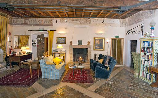 La Torretta Historical Home  Casperia Hotel