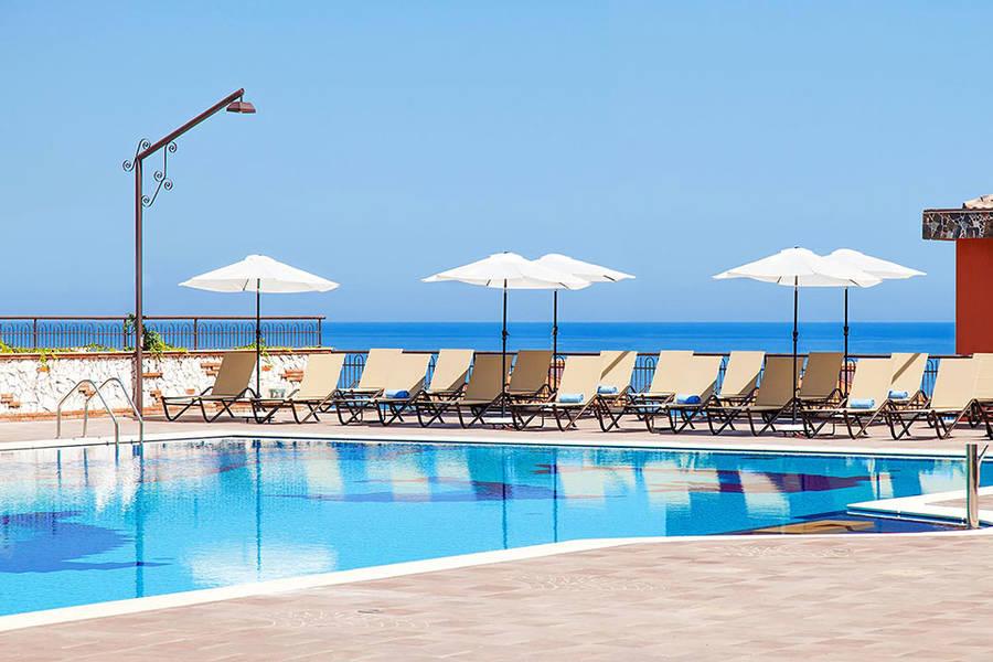 Diamond resort naxos taormina giardini naxos and 74 for Mobilia giardini naxos